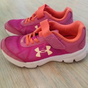 GIRLS size 13 Under Armour athletic shoes